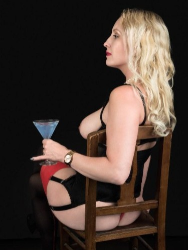 Fetish sex advertentie van Mistress Tess in Amersfoort - Foto: 4
