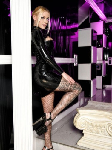 Fetish sex advertentie van Mistress Katharina in Almere - Foto: 6