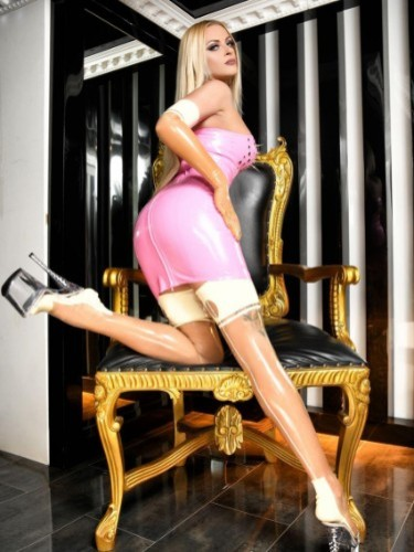 Fetish sex advertentie van Mistress Katharina in Almere - Foto: 4