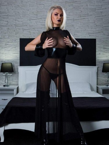 Fetish Meesteres sex advertentie van Mistress Kiana in Antwerpen - Foto: 5