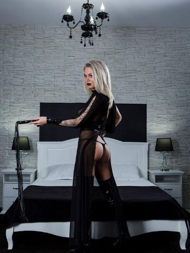 Fetish Meesteres sex advertentie van Mistress Kiana in Antwerpen - Foto: 4