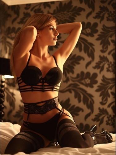 Fetish Meesteres sex advertentie van Carina in Amersfoort - Foto: 1
