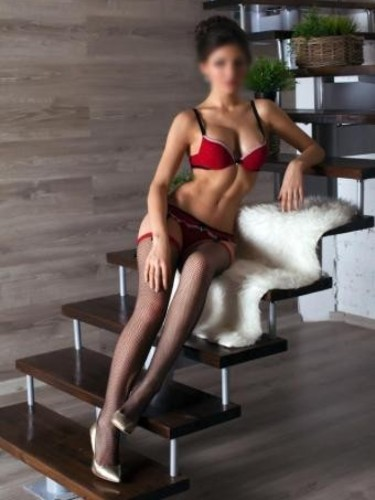 Desire Escort Amsterdam - Advertenties voor  Escortbureau - Denisa