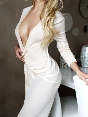 Escort Claire in Amsterdam, Netherlands - Photo: 1