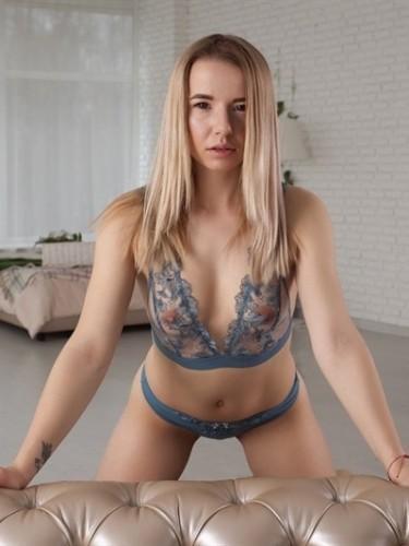 Teenager sex advertentie van Ester in Brussel - Foto: 4