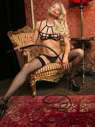 Fetish Meesteres Teenager sex advertentie van Lady Luna in Almere - Foto: 7