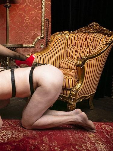 Fetish Meesteres Teenager sex advertentie van Lady Luna in Almere - Foto: 4