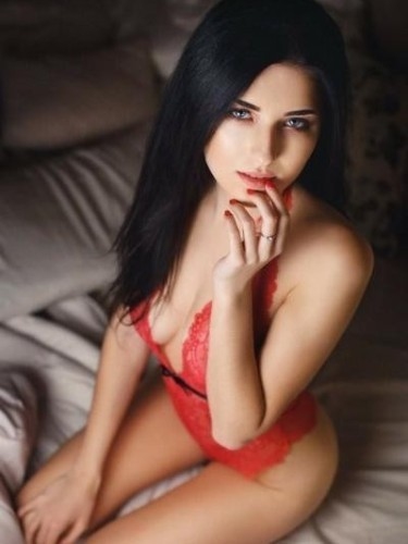 Ubergirls Amsterdam - Advertenties voor  Escortbureau - Emma